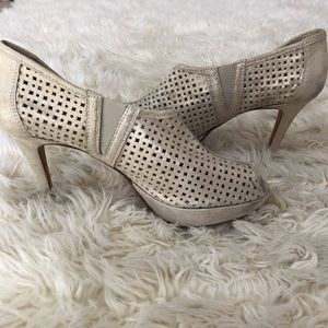Paul Green perforated leather open toe bootie